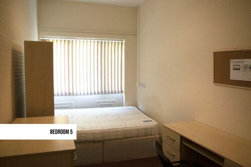 138 Cromwell Road  Westwood Heath,  Coventry Student Accommodation 5