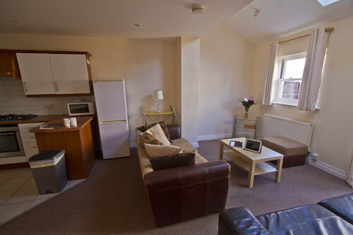 59 Russell Terrace  Leamington Spa,  CV31 1HE Student Accommodation 6